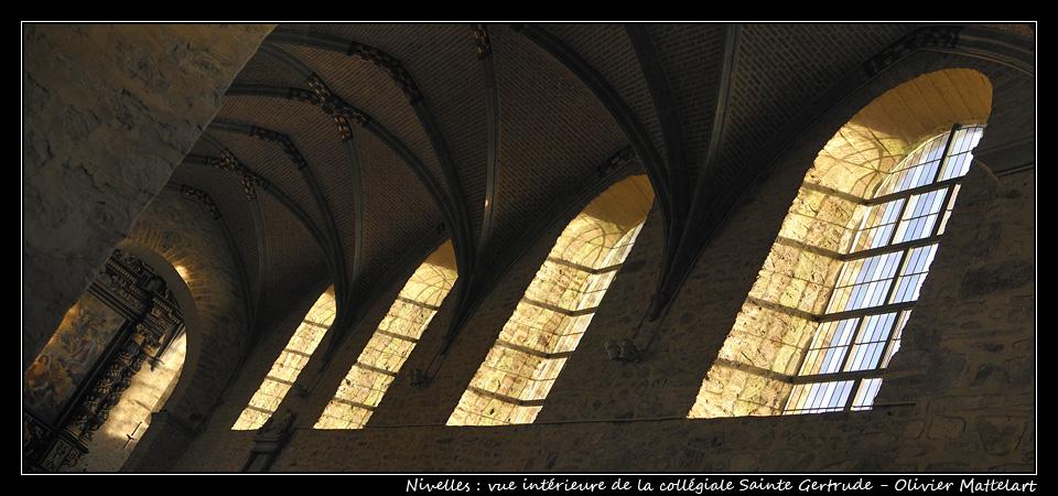 Nivelles : vue intérieure de la collégiale Sainte Gertrude