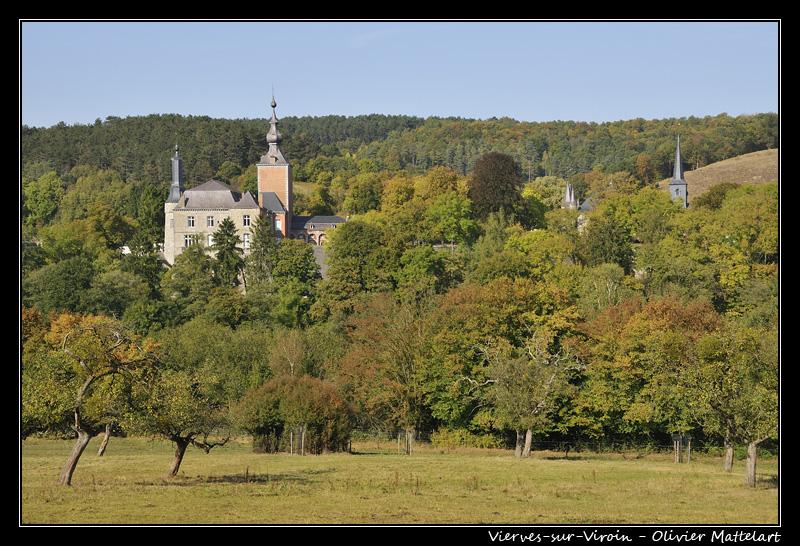 Le château de Vierves-sur-Viroin