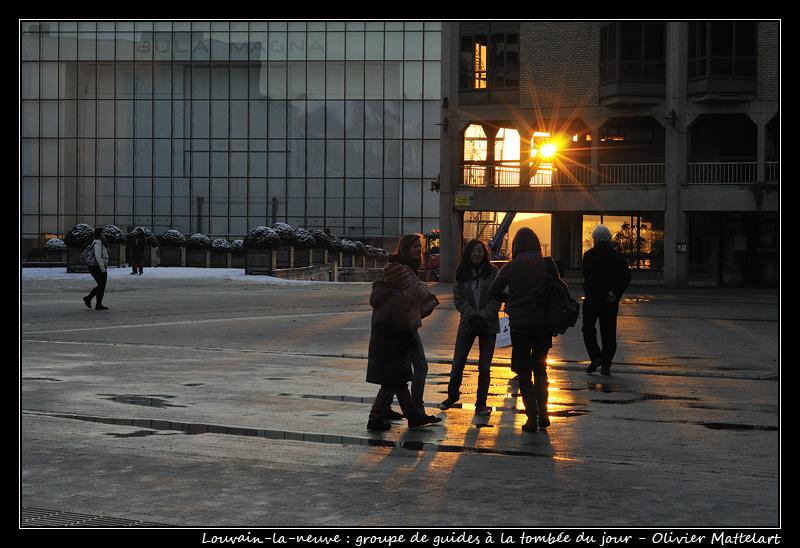 Groupe de guides à Louvain-la-neuve